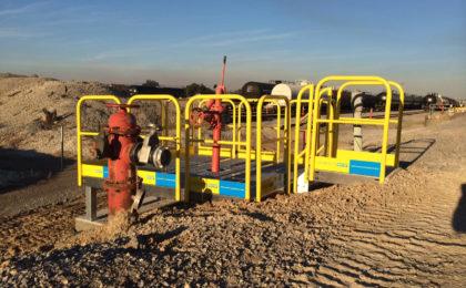 Erectastep valve access platform